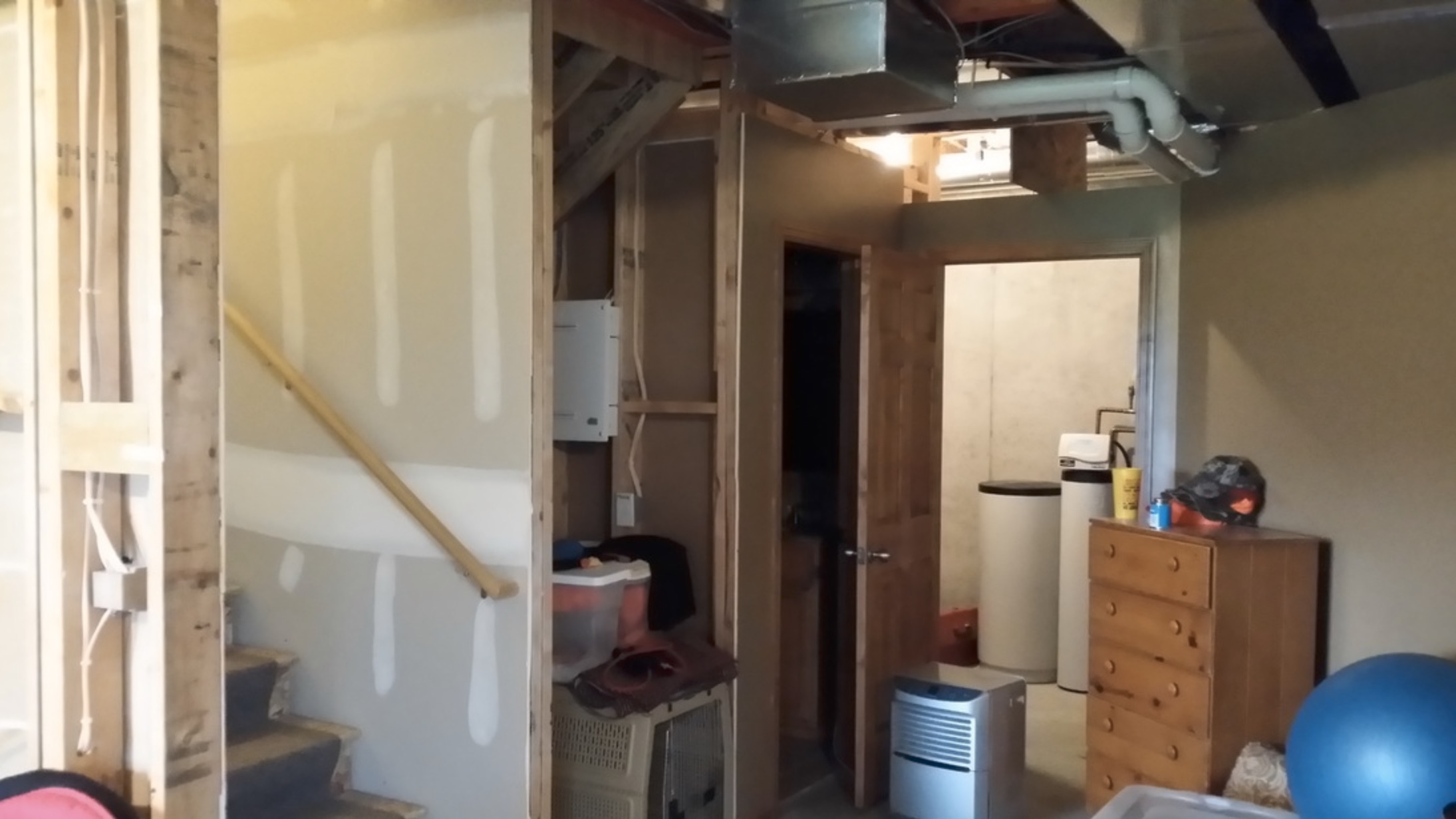 https://www.shccontracting.com/wp-content/uploads/2015/05/nearstairs-before.jpg